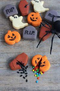 halloween cookies 12
